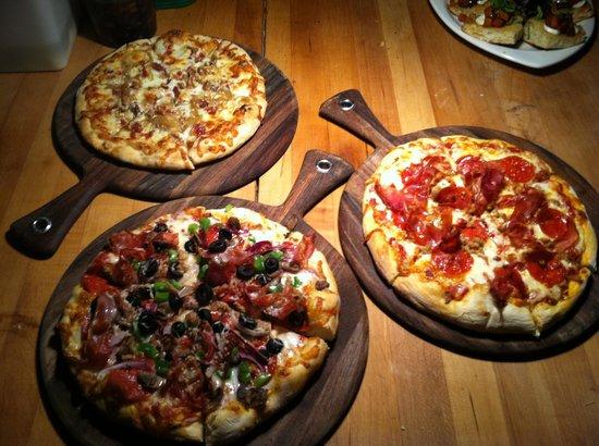 Goodfellos: Mmm brick oven pizzas