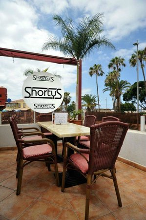 Shortys - Bar and Eatery