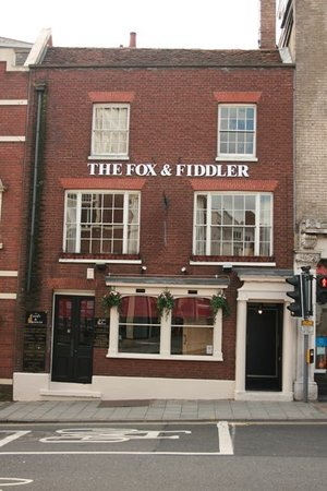 The Fox and Fiddler