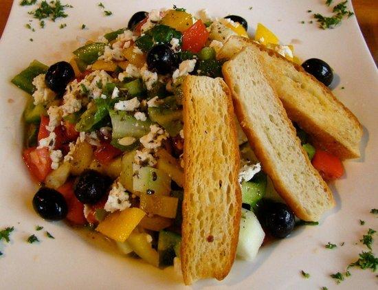 La Posada Boquetena: Greek Salad ($7.95)