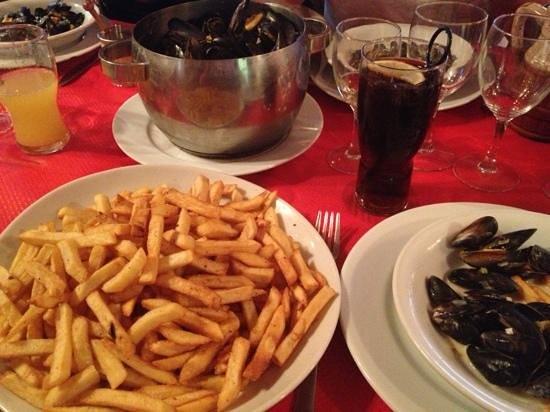 Le Piccadilly: moules frites ! trop bon