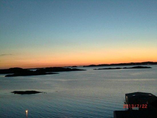 Gullmarsstrand Hotell & Konferens: Utsikt från hotelldelen Klinten