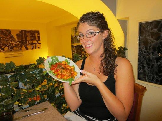 Su & Giu Cucina Romana: gnochhi.... BEST EVER!