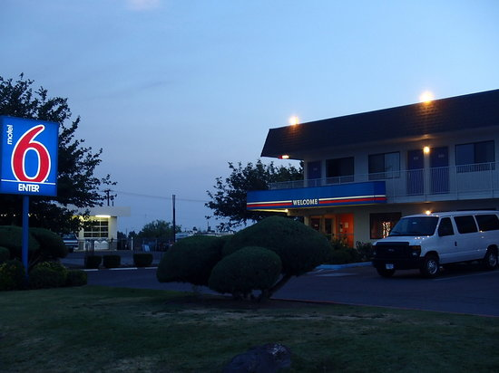 Motel 6 Deming : Outside view of Motel