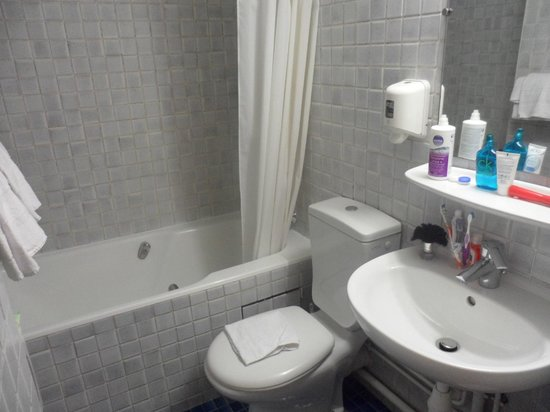 هوتل فلور ريفولي: il bagno