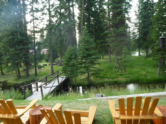 Hotel Lincoln: The Dining Patio View -  - this may be the best seat (if no snow/rain)