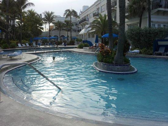 The Savoy Hotel & Beach Club: pool area