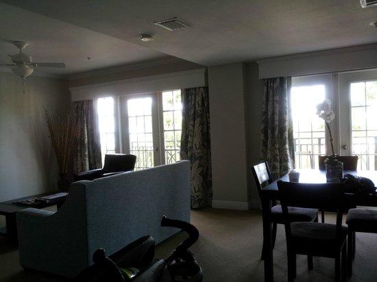 The Savoy Hotel & Beach Club: living & dining area