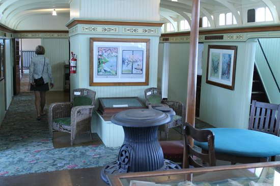 The SS Moyie National Historic Site : Smoking Lounge - SS Moyie