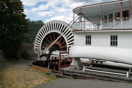 The SS Moyie National Historic Site : Drive Wheel - SS Moyie