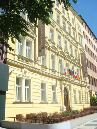 Hotel facade picture of hotel galileo prague prague for Hotel galileo prague tripadvisor