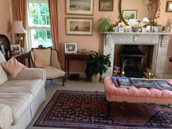 Edenvale House: sitting room