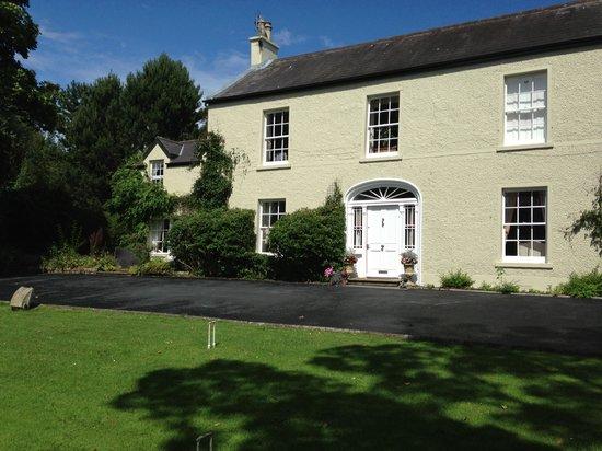 Edenvale House: house