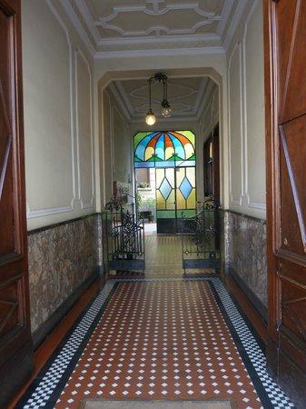 B&B Bronzino House: l'entrée de l'immeuble
