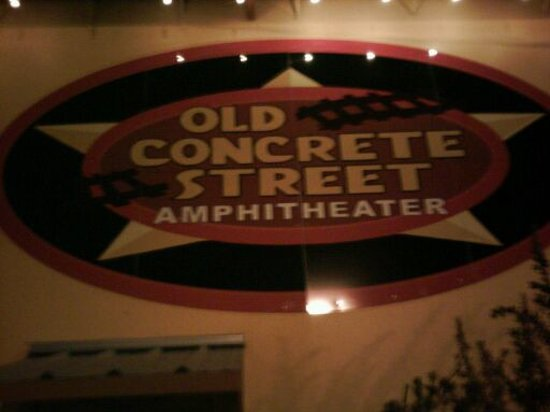Old Concrete Street Amphitheater: Front sign