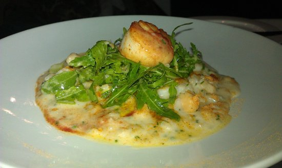 Whits: King and Queen Scallop Risotto with Seared King Scallop