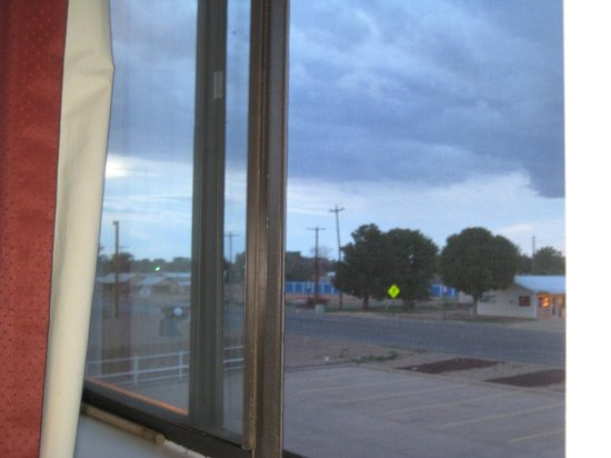 Super 8 Fort Sumner: View from the window in our room.