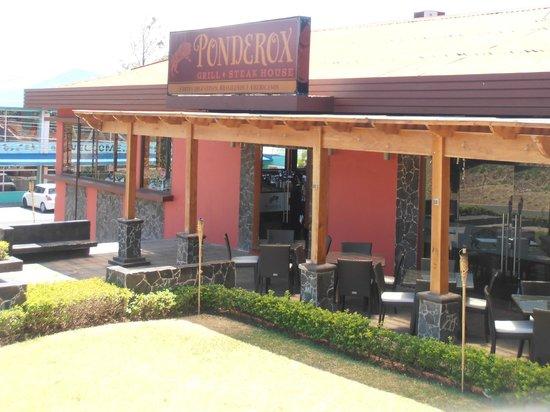 Ponderox Grill & Steak House : Ven y come rico con nosotros