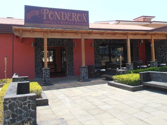 Ponderox Grill & Steak House : Siéntete como en casa