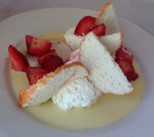 One Fish, Two Fish Restaurant: Strawberry shortcake, made with angel food cake and creme anglaise