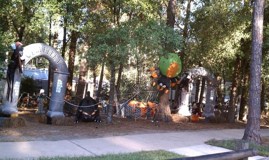 The Campsites at Disney's Fort Wilderness Resort : Campgrounds Halloween Decorations