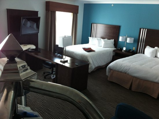Hampton Inn & Suites Port Aransas: Our Room