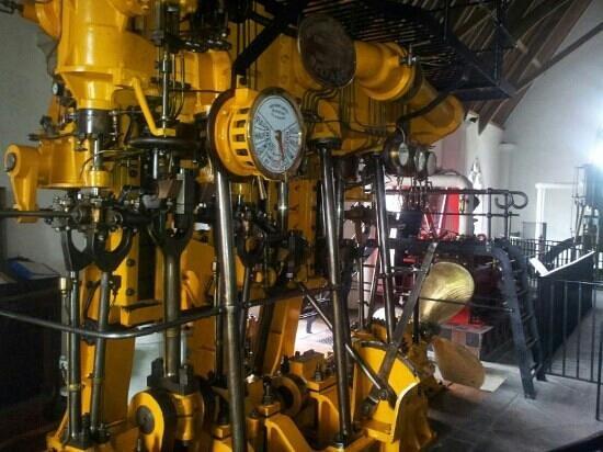 Steam Museum : steam boat engine