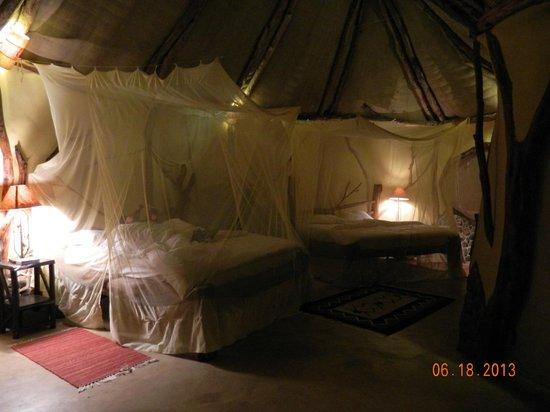 Amani Mara Lodge: Our room