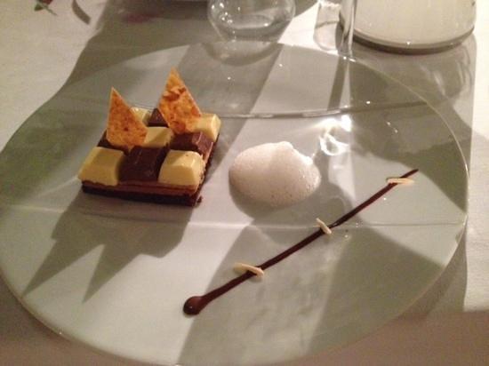 Badine: chocolate desert