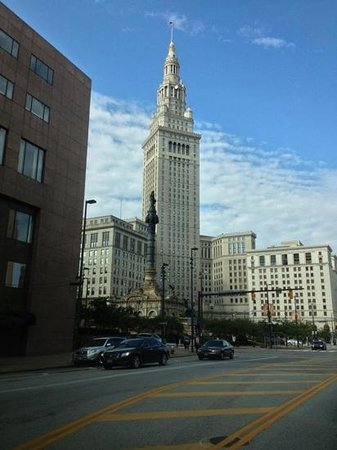 Renaissance Cleveland Hotel: from the street