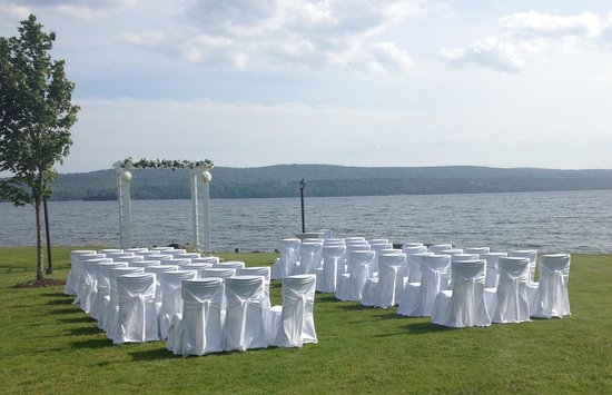 Inverary Resort: wedding set up