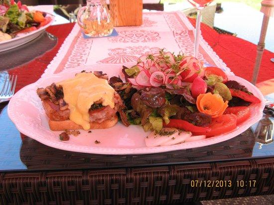 Hotel am Kureck: Presentation of Evening Dinner at Hotel Restaurant