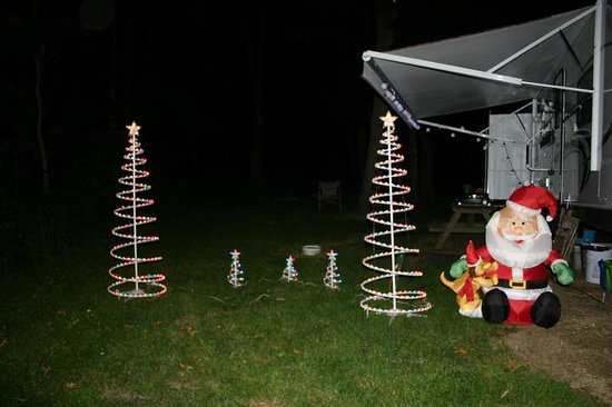 Fox Hill RV Park & Campground: Christmas in July