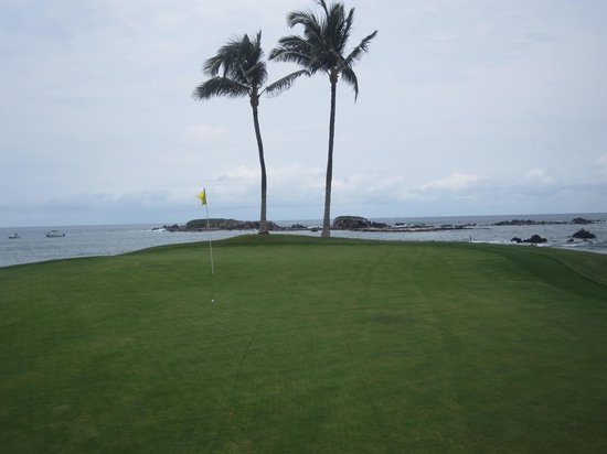 Punta Mita Golf Course: View of one of the holes