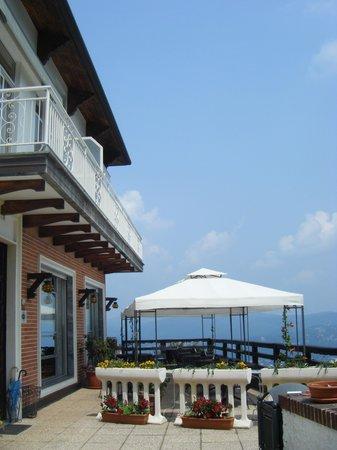 Hotel Panoramico : patio area