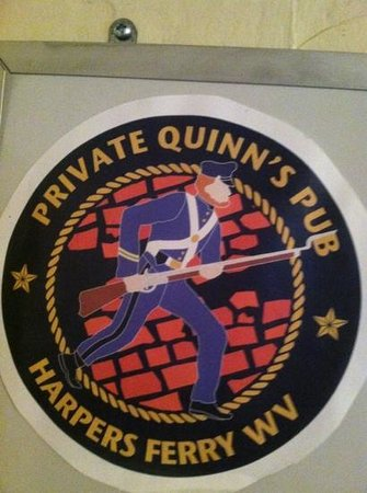 Private Quinn's Pub: great lunch spot!