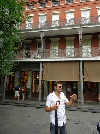 La Vie Orleans Tours: Ashton explaining the history of Jackson Square