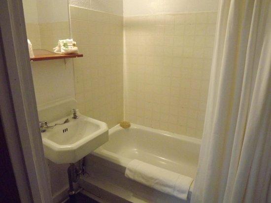 Auberge Ste-Luce: Salle de bain no 9