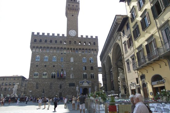 Relais Piazza Signoria: right outside