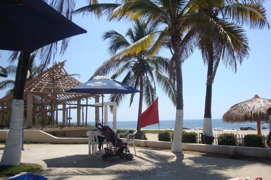 Hotel Suites Villasol: Vista de la playa