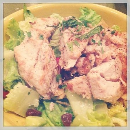 Barnaby's Cafe: Lebanese Chicken Fattoush Salad