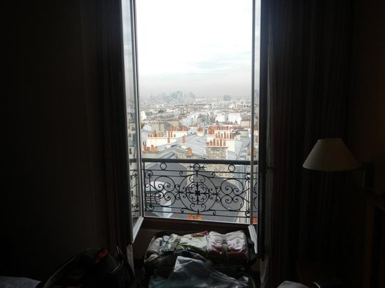 Timhotel Montmartre: Great that the window opens