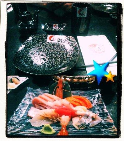 Itami Sushi: Beautiful plates