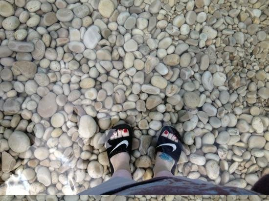Schoolhouse Beach: feet are in the water