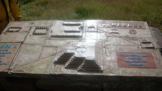 Maqueta de Tiwanaku