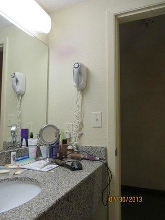 Quality Inn & Suites: high hair dryer