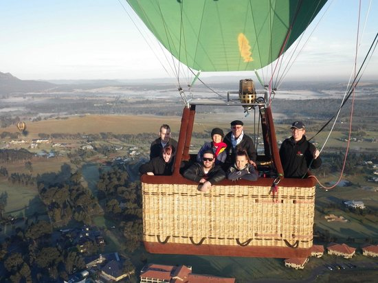 Balloon Aloft Hunter Valley Day Tours : Above the Hunter Valley