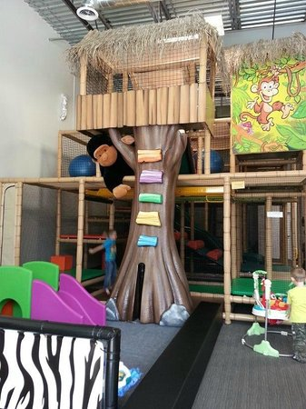 Lil' Monkey's Treehouse Indoor Playground