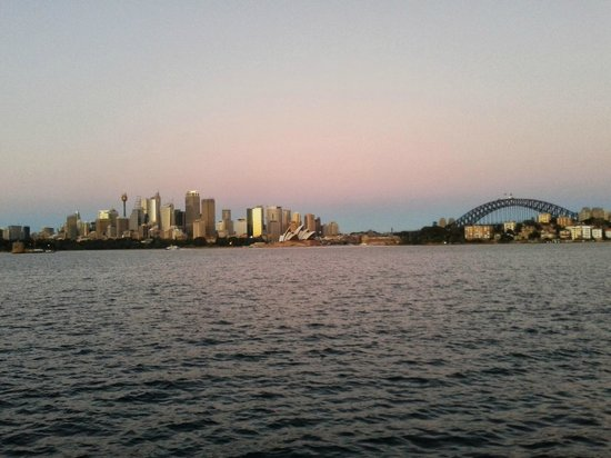 Cremorne Point to Mosman Bay Walk: great view back to the city