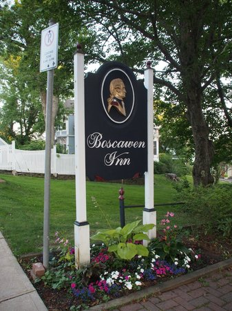 Boscawen Inn: Sign